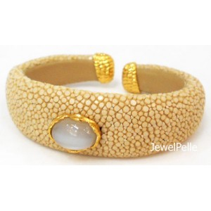 Stingray cuff BA0601 white coffee