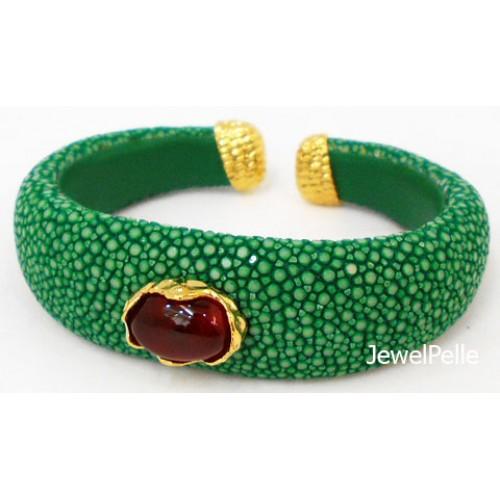 Stingray cuff BA0601 jade