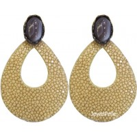 BEA0292 stingray earring white coffee