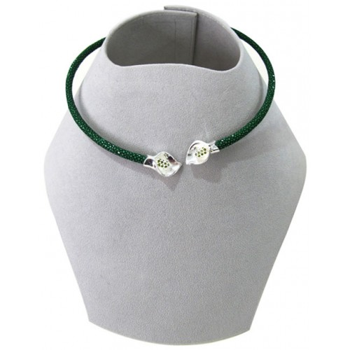 Collar Collections | Stingray Necklace | Green